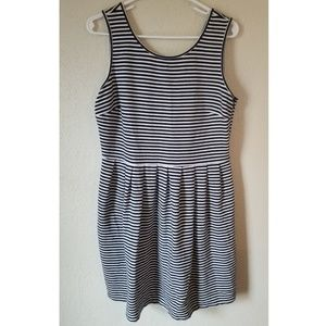 Tommy Hilfiger dress striped large